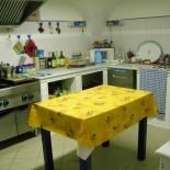 Cucina del Rifugio Alpino La Chardousë